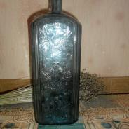 Бутылка водки смирнов, середина 19 века.