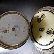 Карманные швейцарские часы
