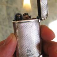 Серебряная бензиновая зажигалка 1882г  (Англия).