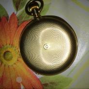 Часы золотые Швейцария Hr.Moser&Ce