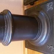 колонна-подставка декоративная