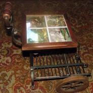 Газетница с плиткой на колесиках