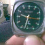 часы полет кварц