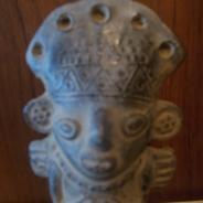 Сосуд  уака доколумбовой  цивилизации  Сикан ( Ламбайеке, Перу)