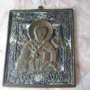 Старинная бронзовая икона николая чудотворца.19 ве