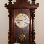 Миниатюрные старинные настенные часы Junghans 1898 г