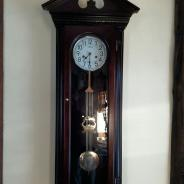 Настенные часы  с боем 138 см