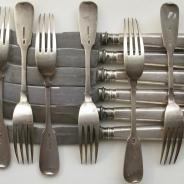 Комплект вилок и ножей на 6 персон